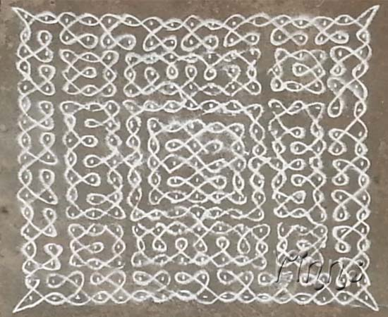 Sikku kolam with 17x17 dots