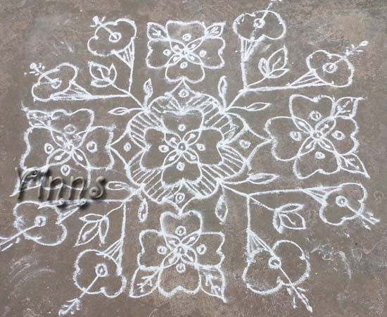 17 Dots Flower Kolam