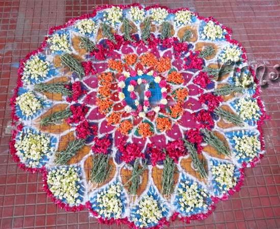 Flower Rangoli Chukkala leni muggulu