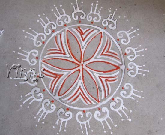 Pulli sikku kolam with 10 dots